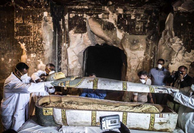 104578094 6 - صورة مومياء مصري لم يتم العبث بها