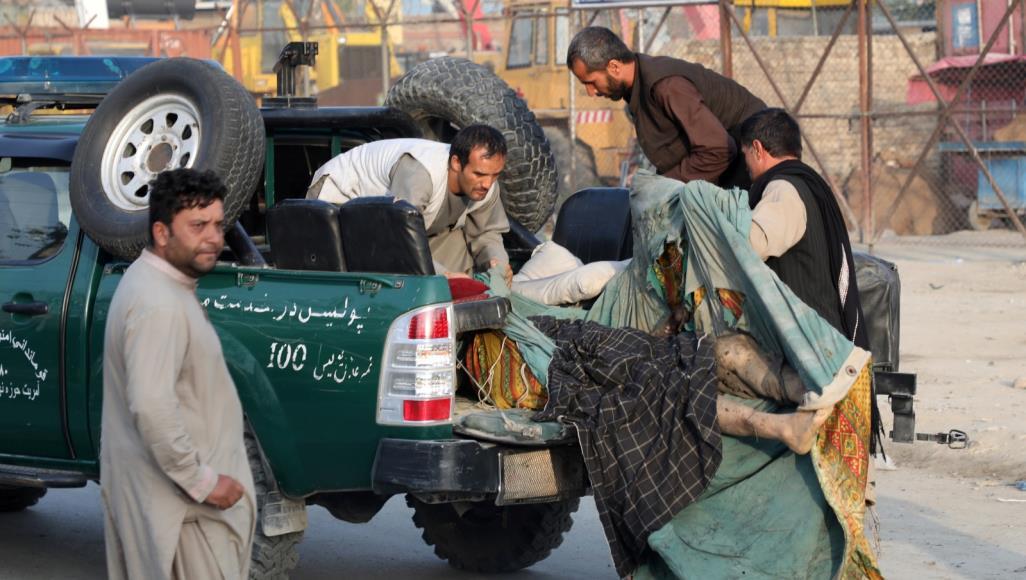 طالبان - تزامنا مع زيارة المبعوث الأميريكي إلى أفغانستان..عشرات قتلى وجرحى إثر تفجيرات تتبناها طالبان