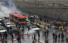 إحتجاجات إيرانية 226x145 - إحتجاجات ضد إرتفاع سعر البنزين في إيران..حالات الشغب وحرق البنوك