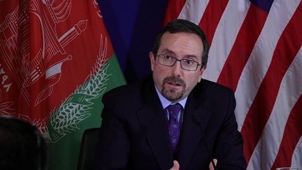 الأمريكي - السفير الأمريكي في البلاد سيتنحى عن منصبه
