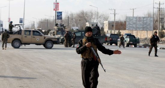 2017 12 18T111901Z 335244741 RC12C84C8D30 RTRMADP 3 AFGHANISTAN ATTACK 550x295 - الهجوم الدموي على مركز للقوات الخاصة في كابول أدى إلى مقتل 3 أشخاص