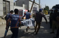 BBQ0xJy 226x145 - Suicide bomber strikes Pakistan market hours after foiled assault on Chinese consulate in Karachi