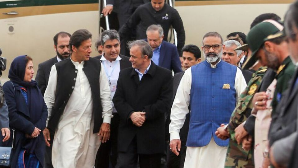 104232 - Pakistan's Khan Arrived in Iran Amid Tense Relations