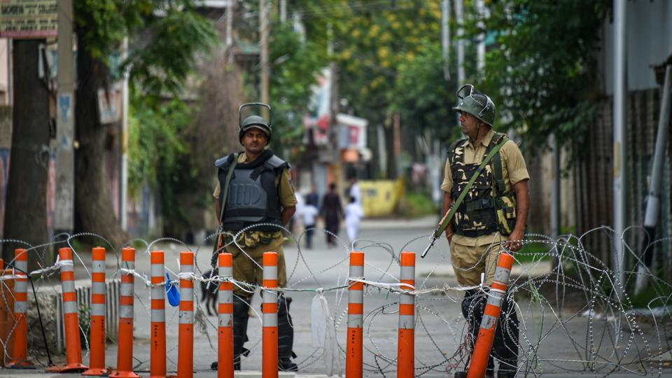restrictions in srinagar c09b2426 be41 11e9 a504 fd2d583231d6 - Pakistan Plays Afghanistan Card to get US Support on Kashmir