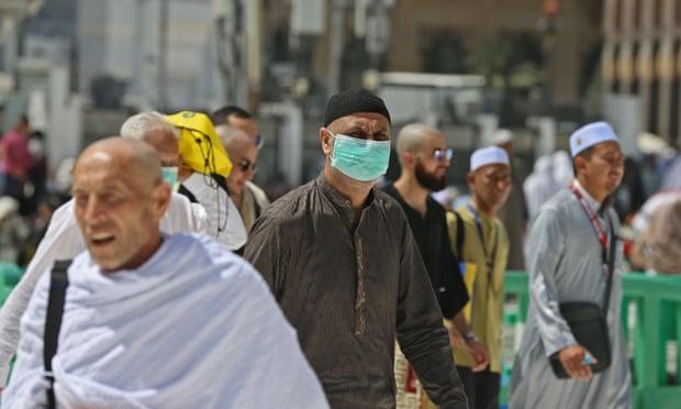 4624 - Two Holiest Shrines in Saudi Arabia Closed to Foreigners as Coronavirus Fears Grow