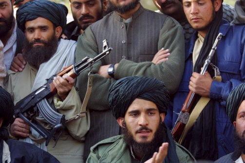طالبان په غور کې د اوشان کلی ونیول