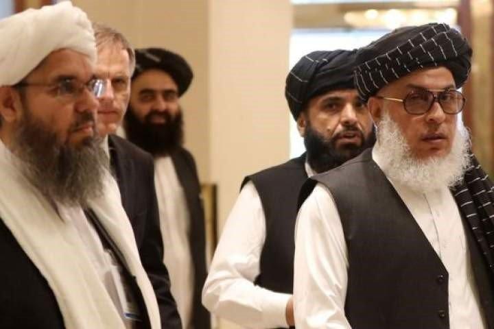 د طالبانو درې کسیز پلاوی سفرمسکو ته