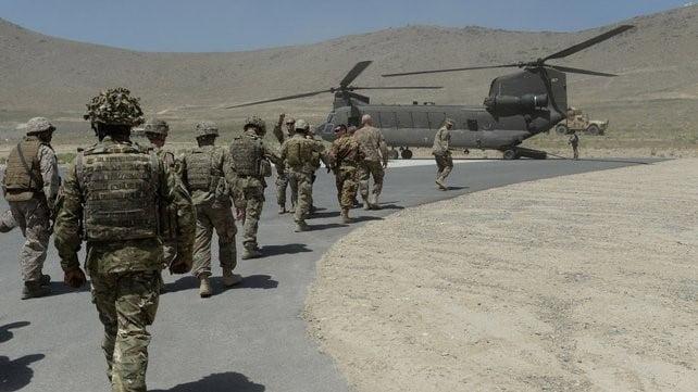 اسټرالیا له افغانستان څخه خپل سل تنه عسکر باسي