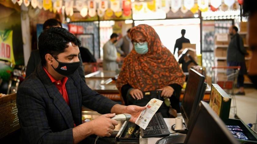 پاکستان کی په دکرونا ویروس داخته شوی کسانو مخ په زیاتیدا دی