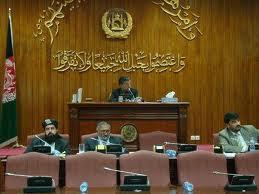 مجلس افغانستان وزراي پيشنهادي کرزاي را تائيد کرد - مشرانو جرگه محکوم کرد