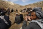کمک 150x100 - مساعدت با ده ها خانواده بیجاشده در ولایت کنر