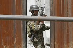 یك سرباز ارتش افغانستان دو نظامی آیساف را بقتل رساند.. - کشته شدن دو عسکر اردوی ملی در هرات