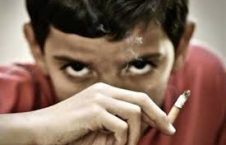 اعتیاد 226x145 - افزایش آمار اعتياد نوجوانان در افغانستان