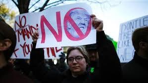 .jpg - مظاهره صدها تن از جرمن ها بر ضد ترمپ