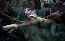 لحظات وحشتناک عبور مسلمانان روهینگیا از رودخانه (18)