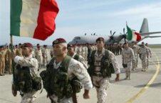 فرار عساکر ایتالیایی از میدان نبرد با طالبان