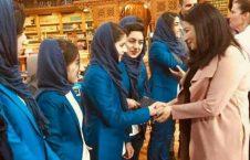 تصاویر دیدار صدر اعظم کانادا با دختران روبات ساز افغان (4)