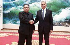 لاوروف و کیم جونگ اون 226x145 - دیدار وزیر خارجه روسیه با رهبر کوریای شمالی