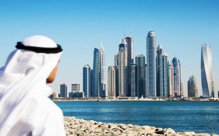 2 - امارات در خطر حمله راکتی قرار گرفت!