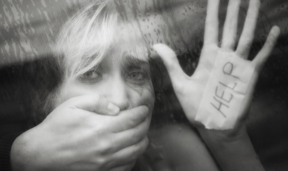 5 - تجاوز وحشیانه مرد پست فطرت به دختر همسایه + عکس