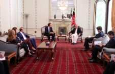 وان لیوون 226x145 - دیدار رییس جمهور غنی با سفیر هالند در کابل