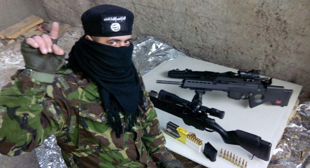 داعش 10 - دپلومات روس خواستار تحقیق درباره ارسال سلاح برای داعش در افغانستان شد