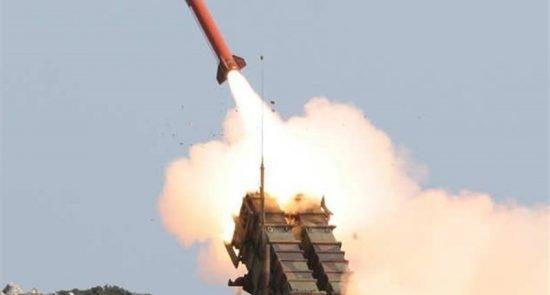 راکت 550x295 - حمله راکتی یمنی ها بالای مواضع عربستان سعودی