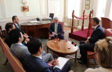 عبدالله عبدالله 1 226x145 - دیدار عبدالله عبدالله با وزیر دولت در امور نیروهای مسلح بریتانیا