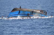 قایق 226x145 - مرگ 48 نفر بر اثر واژگونی قایق