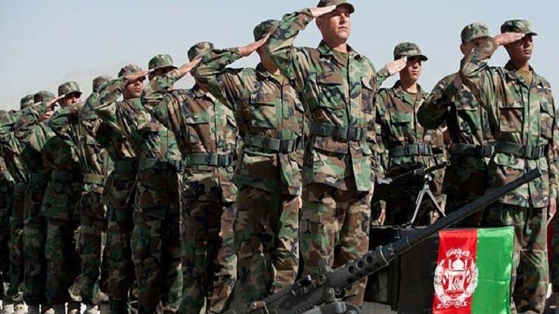 اردوی ملی - نفوذ افسران امریکایی در حکومت افغانستان