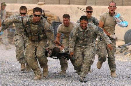 امریکا عسکر 450x295 - کشته شدن دو عسکر امریکایی در دیر الزور سوریه