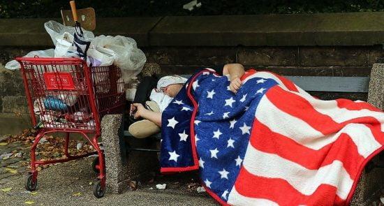 امریکا فقر 550x295 - افزایش میزان گرسنه گی در میان باشنده گان امریکا