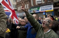 بریتانیا 226x145 - افزایش بی سابقه حملات بالای مسلمانان در بریتانیا