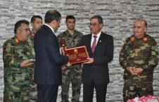 تقدیر 226x145 - رییس پیشین مالی و بودجه وزارت دفاع ملی مورد تقدیر قرار گرفت