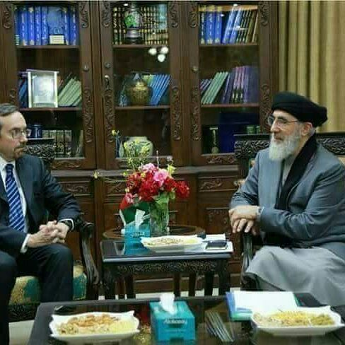 حکمتیار 3 - عکس/ ديدار حكمتيار با سفير امريكا در کابل