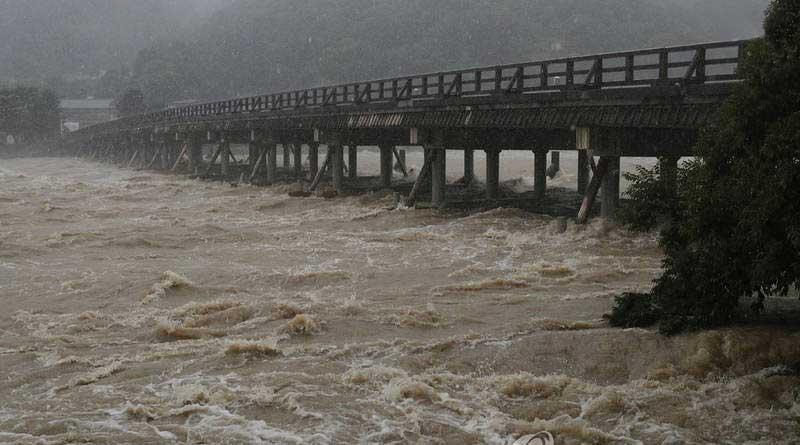 جاپان 2 - تصاویر/ بارشهای سیل آسا در جاپان