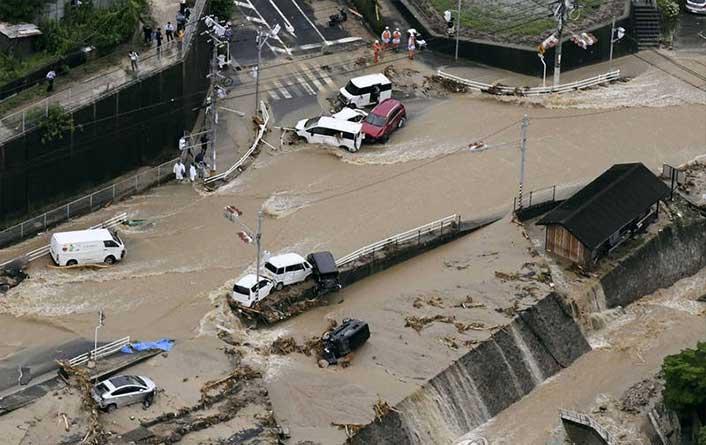 جاپان 3 - تصاویر/ بارشهای سیل آسا در جاپان