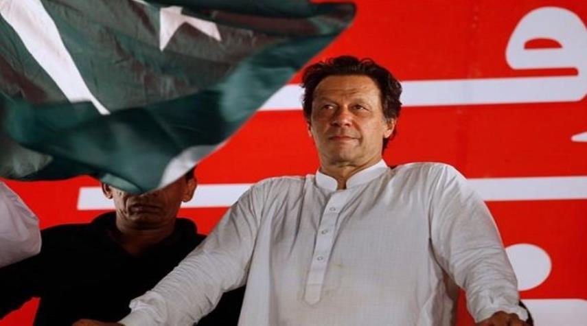 عمران خان 3 - کمسیون انتخابات: عمران خان برنده رسمی انتخابات پاکستان