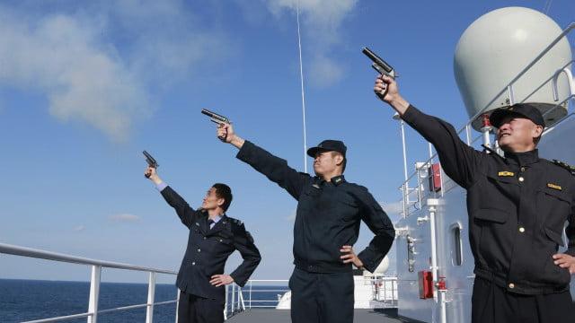 مانور چین - اجرای مانورهای نظامی در آب های بحر شرقی چین و جاپان
