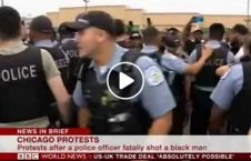 ویدیو اعتراض قتل سیاهپوست امریکا 226x145 - ویدیو/ اعتراض گسترده به قتل یک سیاهپوست در امریکا