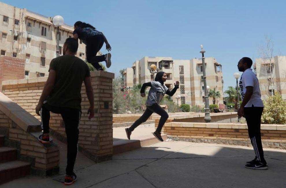 پارکور1 - پارکور زنان مسلمان در سرکهای مصر + تصاویر
