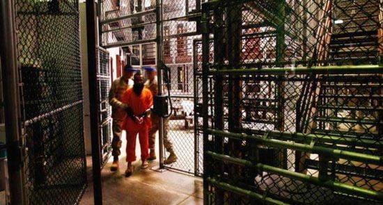 گوانتانامو 550x295 - ۱۹ سال حبس یک مرد بی گناه فلسطینی در زندان گوانتانامو