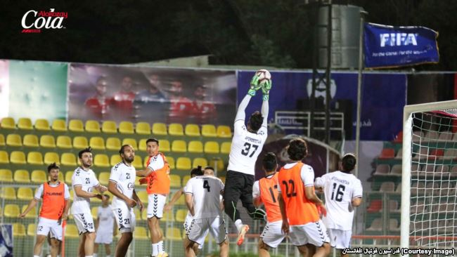 افغانستان فلسطین - تساوی تیم ملی برابر فلسطین؛ مقامات دولتی مهمان ویژه مسابقه