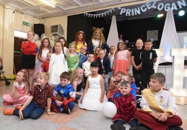 مونتکستل 2 - ازدواج یک پسر 7 ساله با مادرش! + تصاویر