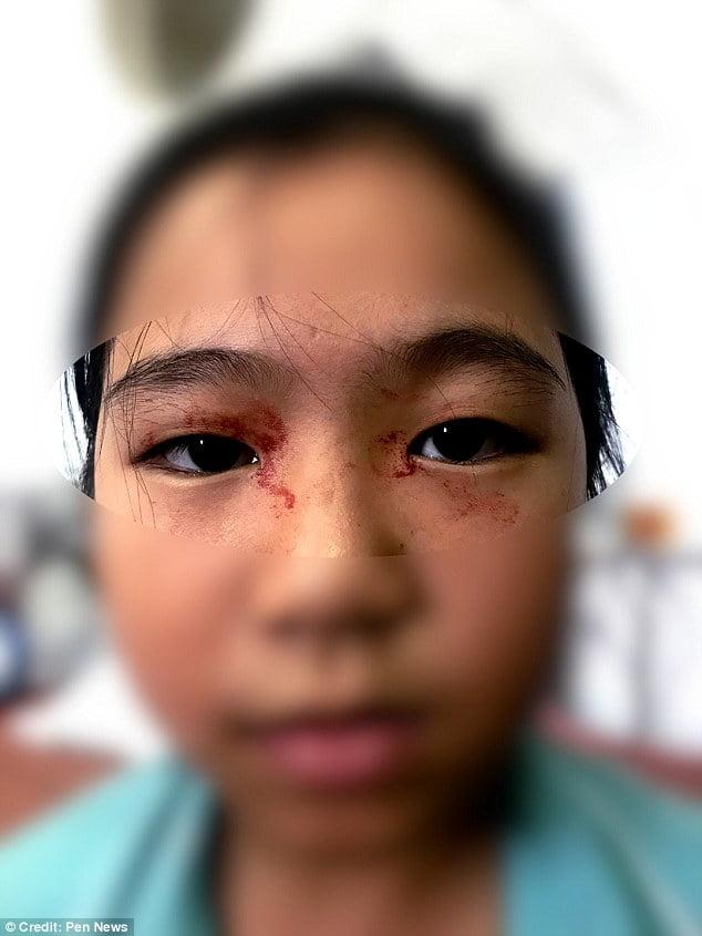 خون 2 - عرق خون بر پیشانی یک دختر! + تصاویر