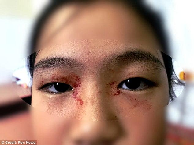 خون 3 - عرق خون بر پیشانی یک دختر! + تصاویر