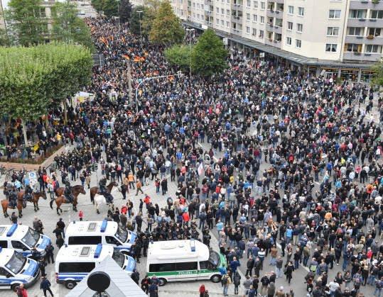 جرمنی1 - تصاویر/ تظاهرات ضد مهاجرتی در جرمنی