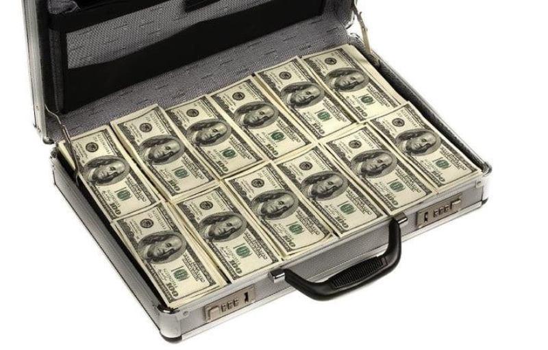 دالر 2 - پاکستان کمک های مالی امریکا را حیف و میل کرده است!