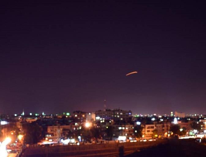 دمشق2 - تصاویر/ حمله راکتی اسراییل به میدان هوایی دمشق