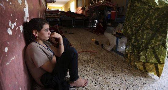 زنان ایزدی 550x295 - عامل شکنجه و تجاوز به زنان ایزدی دستگیر شد + عکس